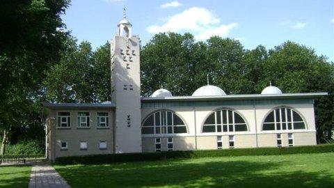 PVV steeds extremer: 'Sluit alle moskeeën in Nederland'